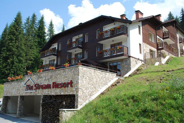 Stream holiday resort